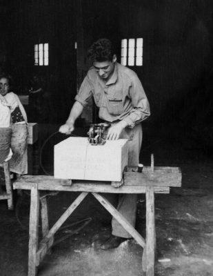 Armando le fondateur de la conserverie - Agromar - Asturies - Espagne - Nouvelle Vague l'épicerie de la pêche à Bordeaux